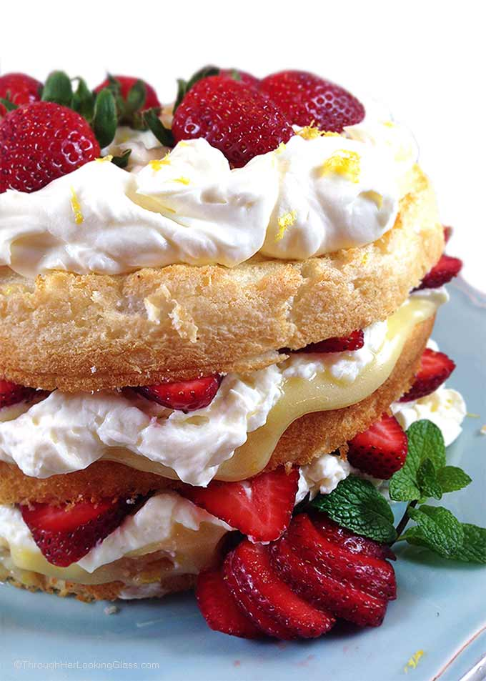 Angel Food Cake With Canned Fruit