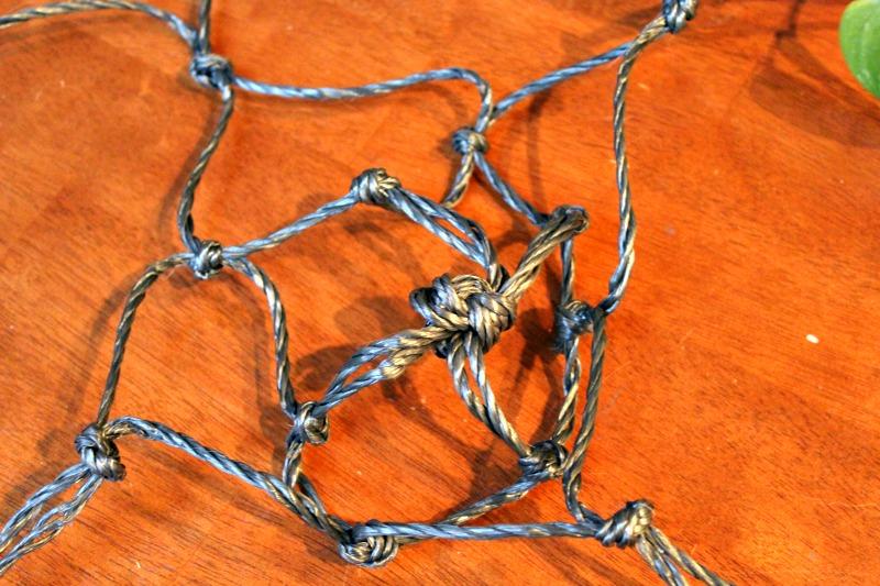 Macrame hanging basket tutorial