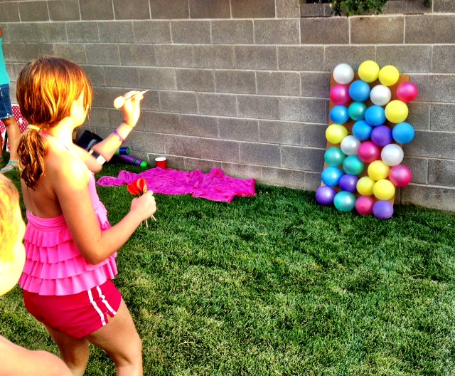 With these fun and easy to-make 20 DIY backyard games your family will have a summer they will always remember.
