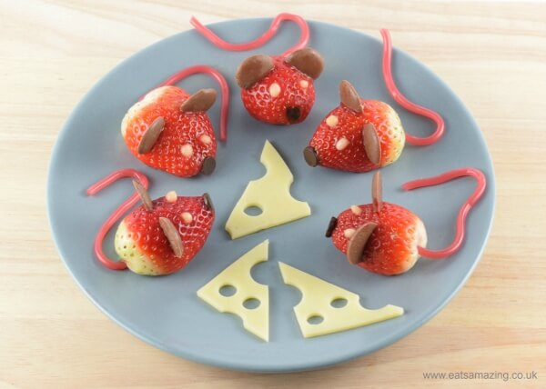 These-strawberry-mice-make-super-cute-party-food-fun-food-recipe-and-video-tutorial-from-Eats-Amazing-UK