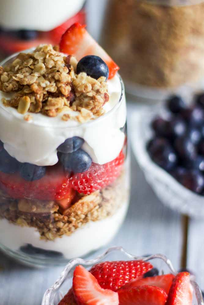 red-white-blue-yogurt-parfaits