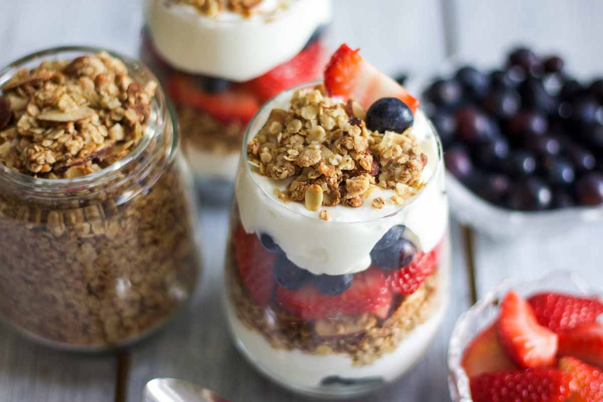 red-white-blue-yogurt-parfaits-8