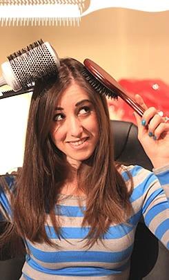 clean-hairbrush