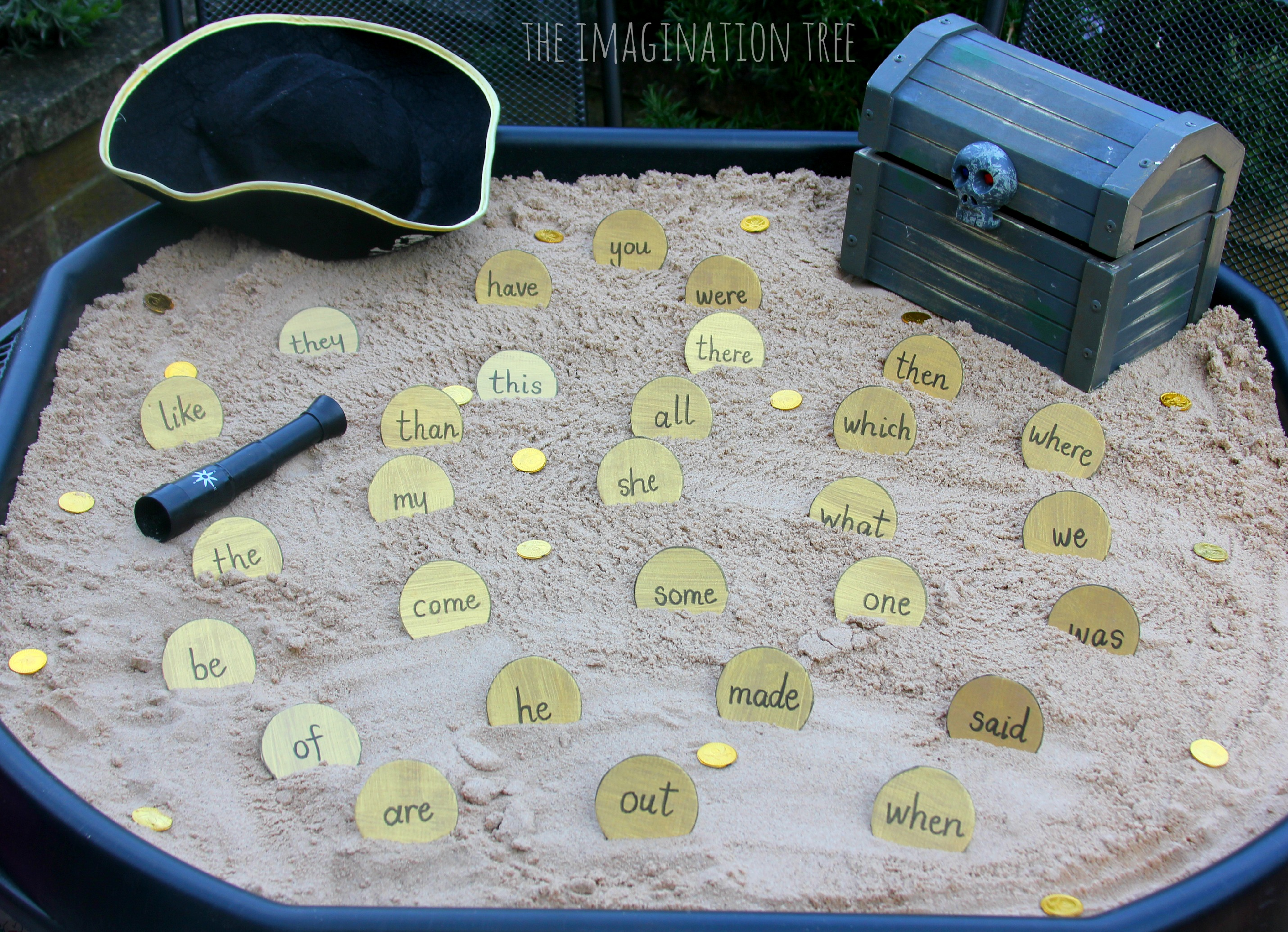pirate-doubloon-sight-word-dig