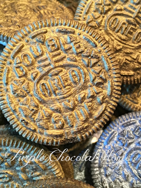 silver-oreos-for-pirate-party
