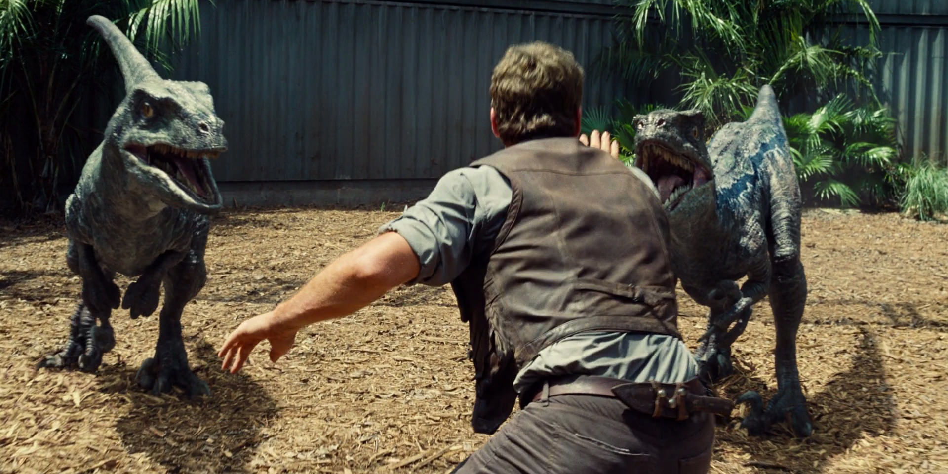 jurassic-world-movie-screencaps.com-2692
