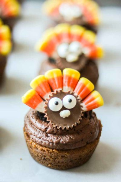 Thanksgiving Cookie Cupcakes