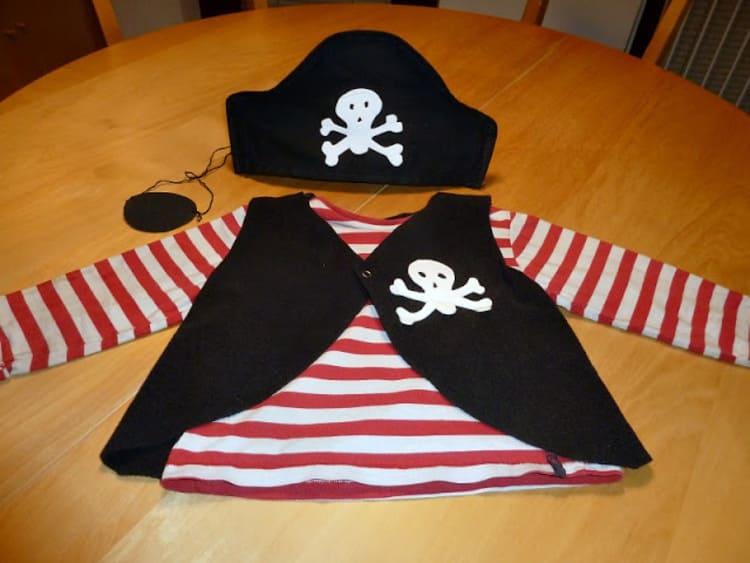 DIY Last Minute Kids' Pirate Costume