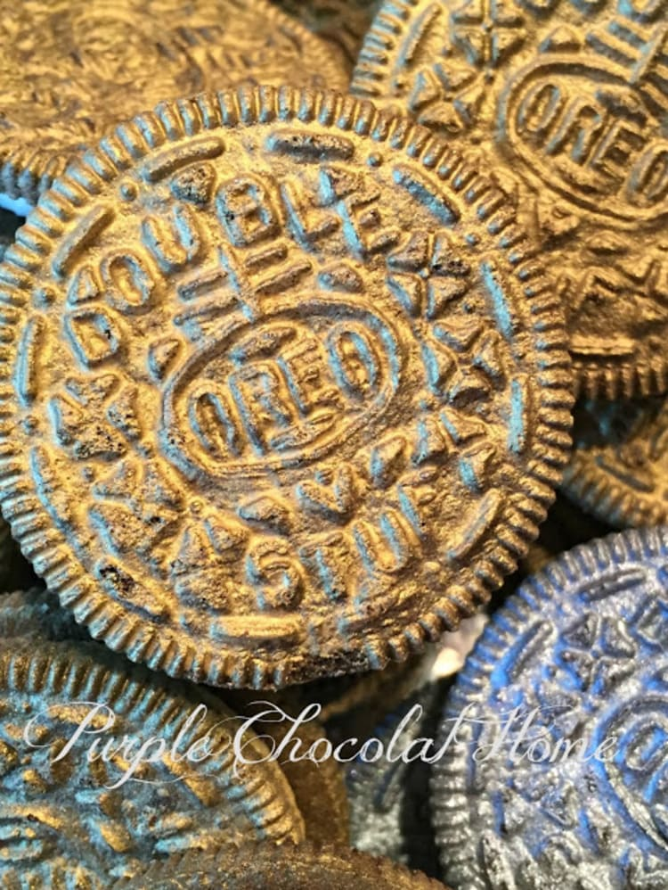 Gold Doubloon Oreos Pirate Food Ideas