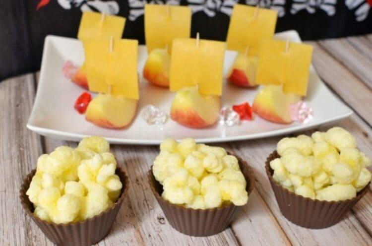 Pirate Ship Apple Snack Food Idea