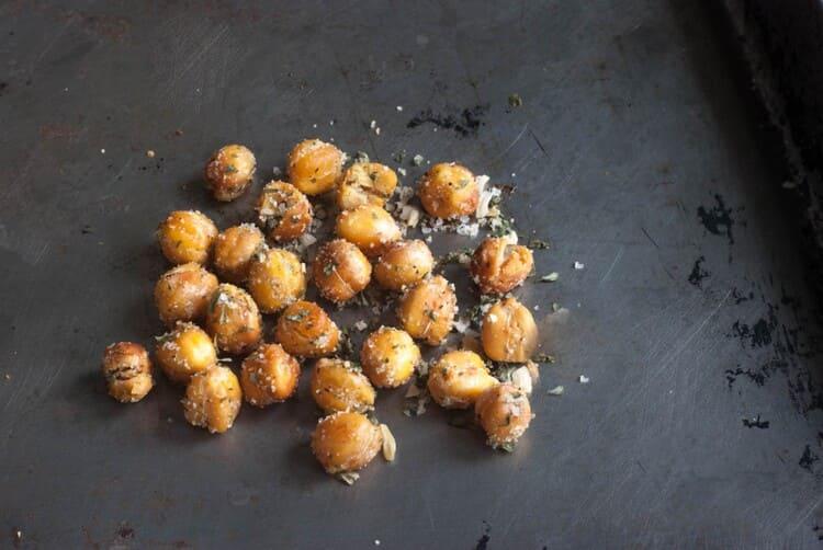Roasted chickpeas recipe crispy snack chickpeas on a black background